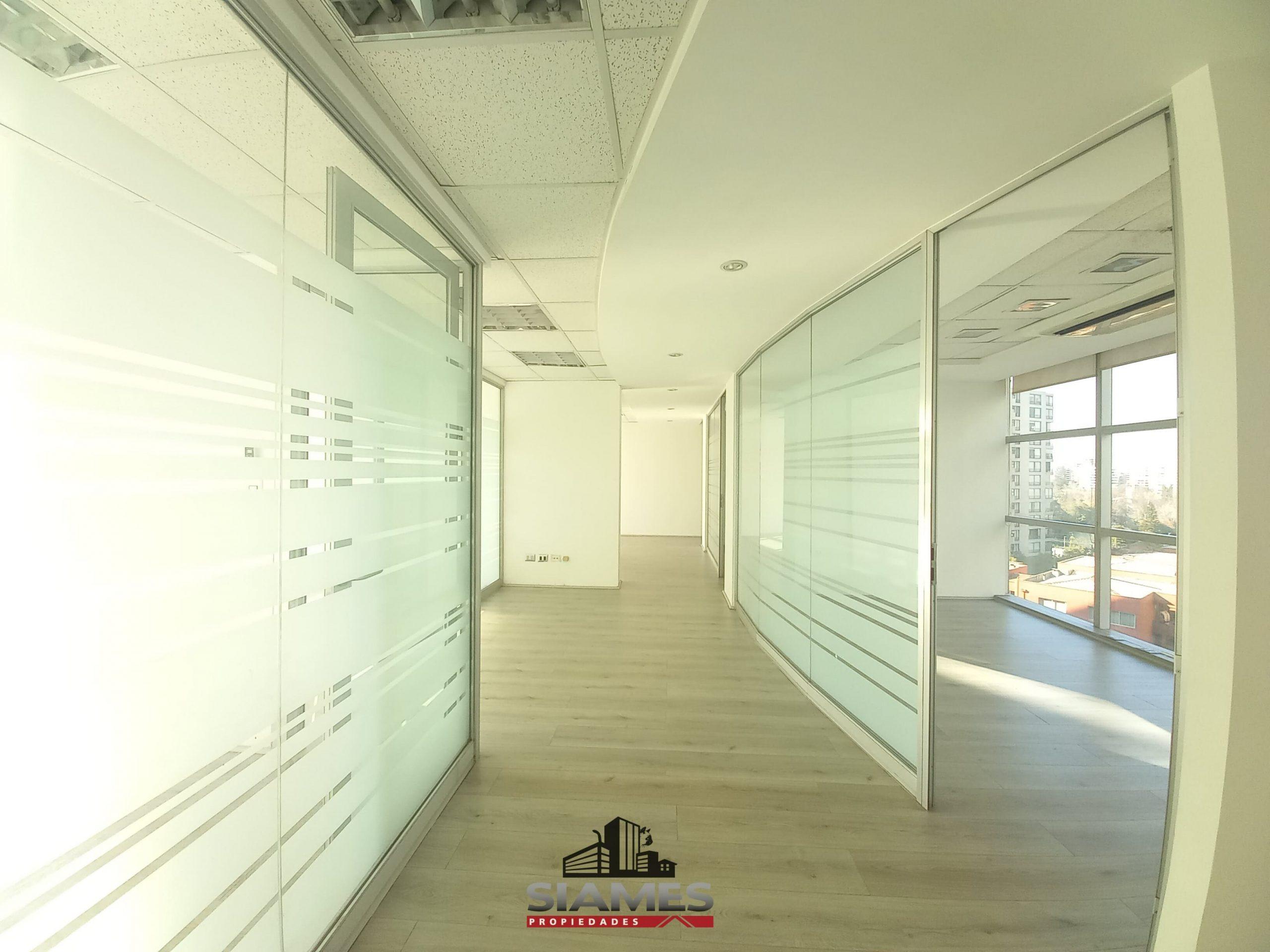 Arriendo oficina 5 privados Metro Manquehe, Las Condes